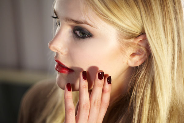 Oxblood Nails at Wes Gordon photo by Essie